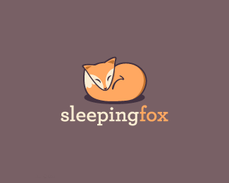 睡觉的狐狸