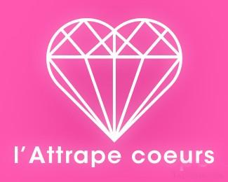 儿童服装店Lattrape coeurs标志
